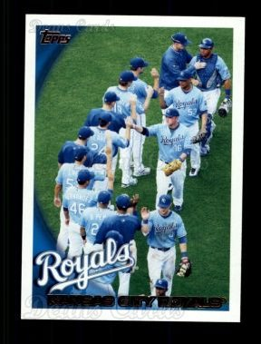 2010 Topps #69   Royals Team