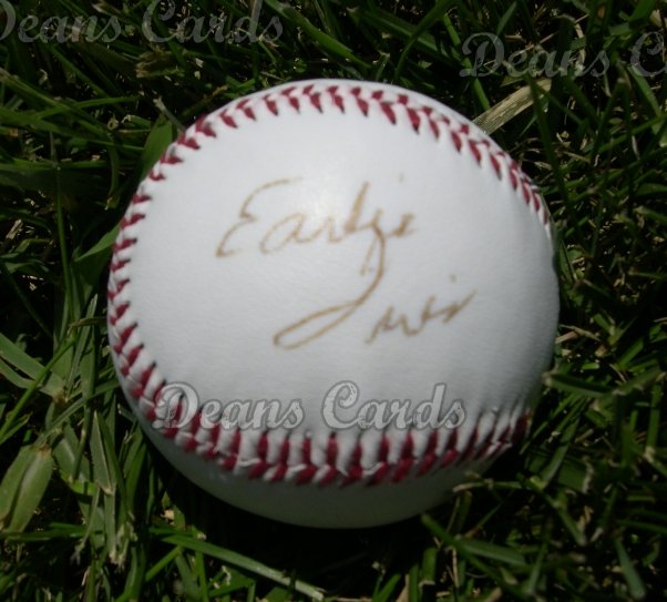 Early Wynn Autographed Ball