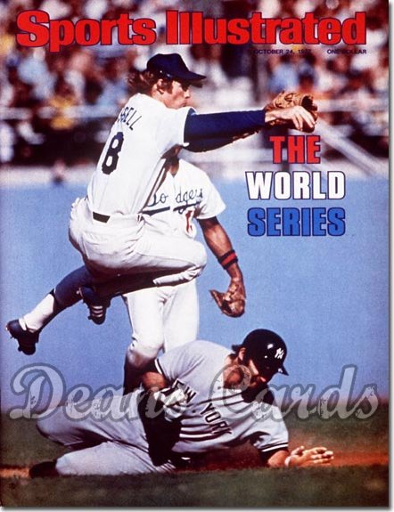 1977 Sports Illustrated - With Label   October 24  -  Thurman Munson New & Bill Russell Yankees
