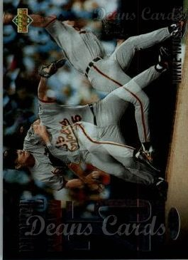 1994 Upper Deck #44   -  Mike Mussina The Future is Now