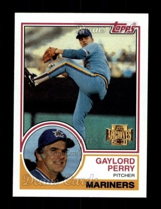 2001 Topps Archives #123   -  Gaylord Perry 83 Topps