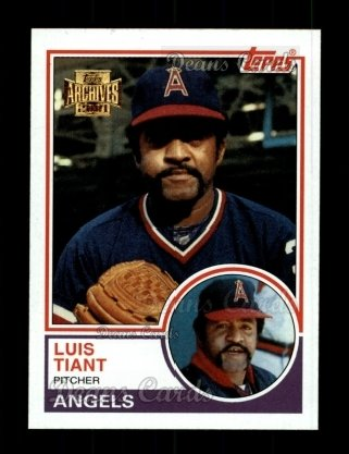 2001 Topps Archives #163   -  Luis Tiant 83 Topps