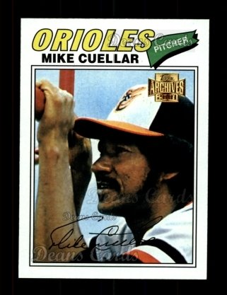 2001 Topps Archives #368   -  Mike Cuellar 77 Topps
