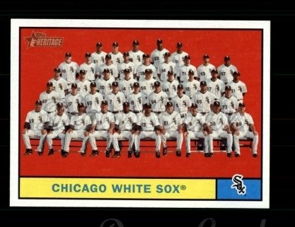 2010 Topps Heritage #7   White Sox Team