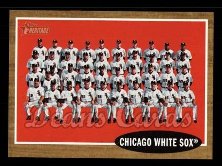 2011 Topps Heritage #113   White Sox Team