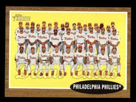 2011 Topps Heritage #294   Phillies Team