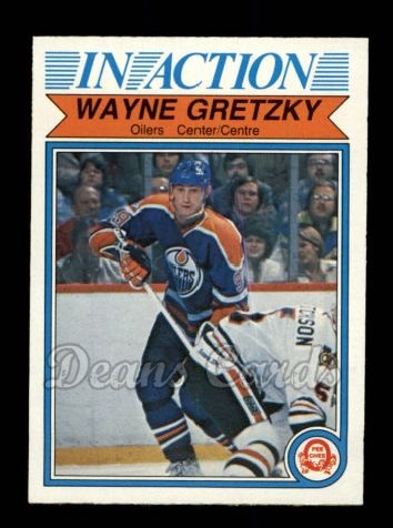 1982 O-Pee-Chee #107   -  Wayne Gretzky In-Action