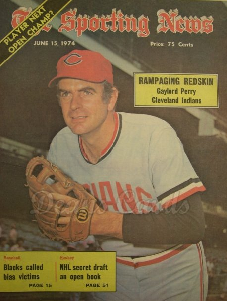 1974 The Sporting News   June 15  - Gaylord Perry / Joe Torre