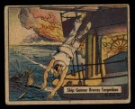 1941 Gum Inc. War Gum #87   Ship Gunner Braves Torpedoes At Sinking Front Thumbnail