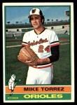 1976 Topps #25  Mike Torrez  Front Thumbnail