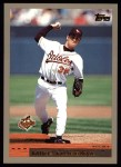 2000 Topps #143  Mike Mussina  Front Thumbnail