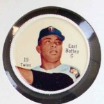 1962 Salada Coins #19  Earl Battey  Front Thumbnail
