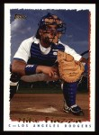 1995 Topps #466  Mike Piazza  Front Thumbnail